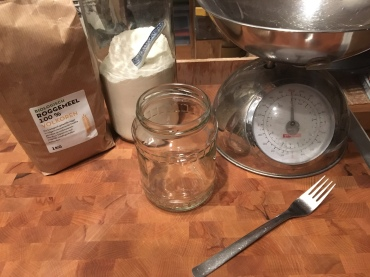 Dominique, DLCS sourdough starter inspired by the Zero Waste Chef - the making of